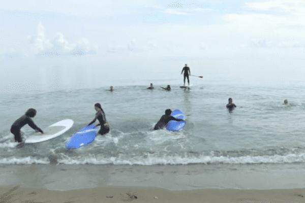 Sauvetage en mer au programme du troisième jour des vacances sportives, pour les jeunes de la communauté d'agglomération de Bastia.
