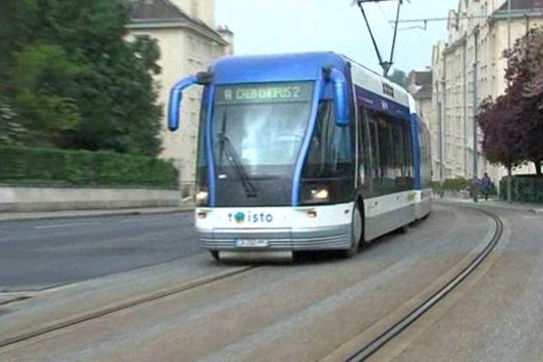 La ligne de tramway sur pneus doit s'arrêter fin 2017.