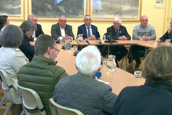 Perpignan - des élus catalans soutiennent Quim Torra président de la Generalitat de Catalogne - 6 janvier 2020.