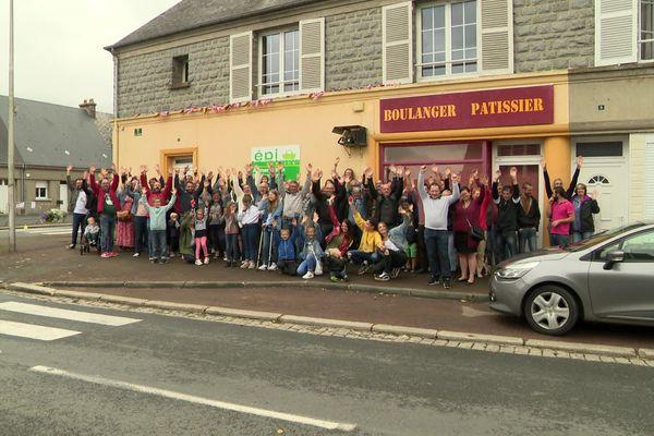 Mobilisation ce dimanche à la Chapelle-en-Juger dans la Manche pour rouvrir la boulangerie du village