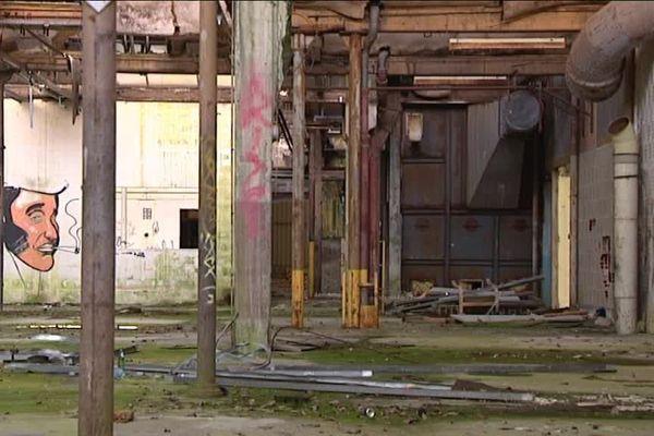 Depuis sa fermeture définitive en 2005, l'usine du plafond  est régulièrement visitée