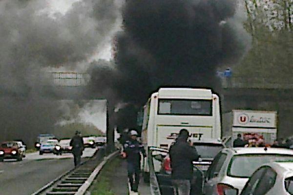 L'action des protestataires s'est déroulée sur la route Rennes - Nantes, à hauteur de Treillères