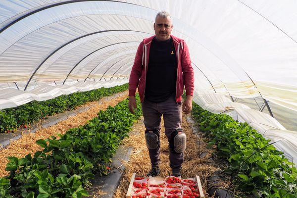 Cela fait 20 ans que Abdelslam vient travailler en tant que saisonnier dans le Lot-et-Garonne