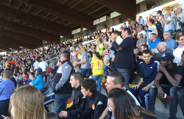 Les supporters orléanais dans leur stade de la Source