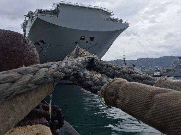 Le Tonnerre à quai à Toulon.