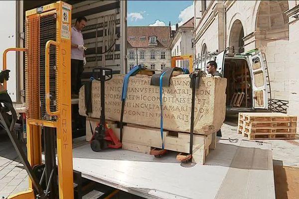 Le sarcophage du III ème siècle après JC, première pièce à réintégrer le musée des Beaux-Arts de Besançon