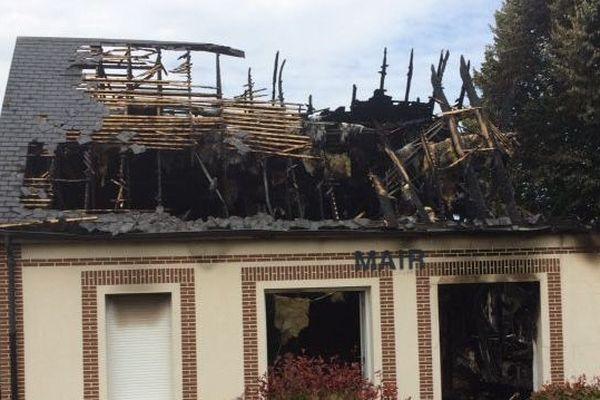 1er juillet 2018- La mairie incendiée de Brétigny (Eure)