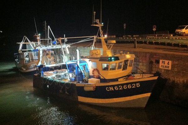 Arrivée des coquillards ce lundi soir à Port-en-Bessin à l'issue de la première journée de pêche à la coquille en Baie de Seine