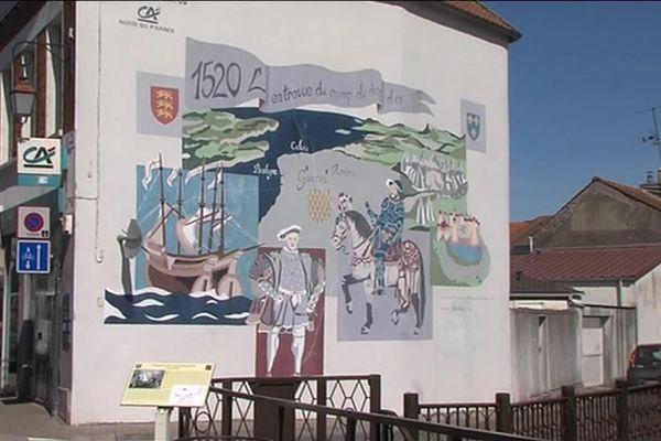 Les 2, 3 et 4 juillet prochains, la ville de Guînes dans le Pas-de-Calais va vivre à l'heure du Camp du drap d'or le temps d'un son et lumière pour les 500 ans de cette rencontre entre François 1er et Henri VIII d'Angleterre.