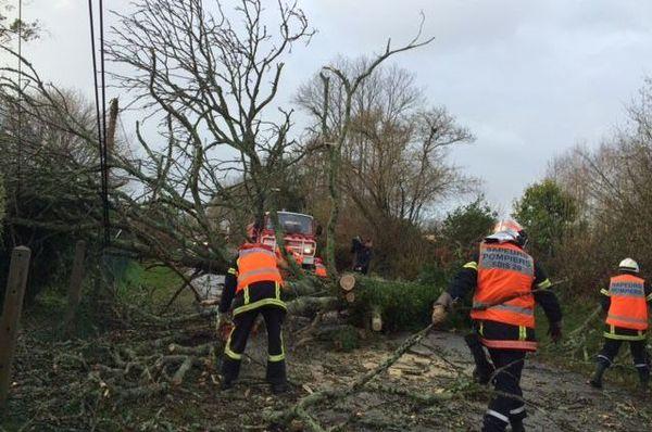 Intervention de pompiers près de la Mer Blanche entre Bénodet et Fouesnant (29) vers 10h30