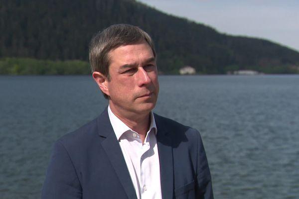 Le maire de Gérardmer, Stessy Speissmann va demander la réouverture du lac au Préfet des Vosges. Sa demande partira lundi