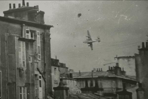 Bombardier au dessus de Brest