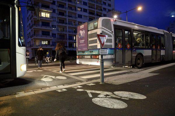 Une descente à la demande entre deux arrêts va être expérimentée à Rennes, à partir de 22 h, un moyen de renforcer la sécurité des usagers voyageant seuls