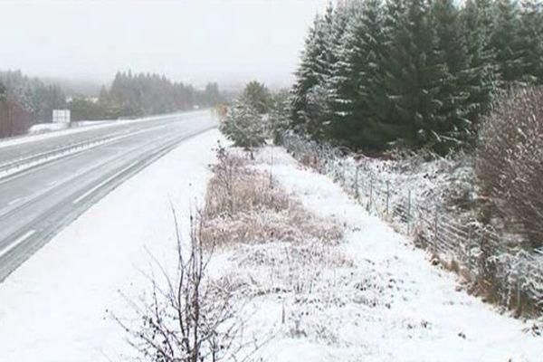 Il devrait neiger cette nuit sur l'A89 (photo d'archive).
