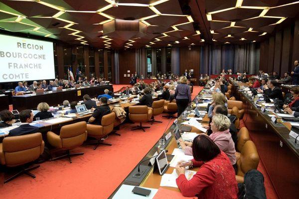 Le conseil régional de Bourgogne-Franche-Comté réuni en session plénière le 13 octobre 2017