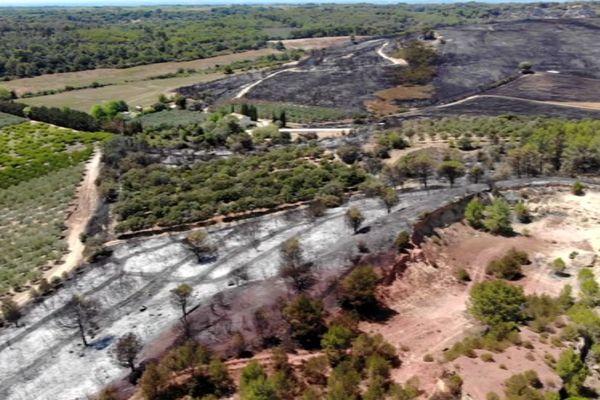 Générac (Gard) - l'incendie vu d'un drone, 500 hectares brûlés - 31 juillet 2019.