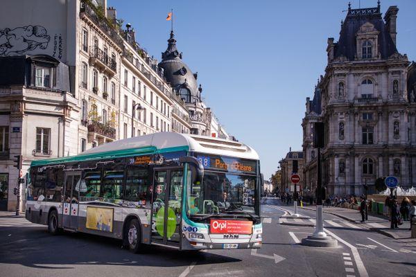 Un mouvement de grève pourrait perturber le trafic des bus parisiens lundi 15 février