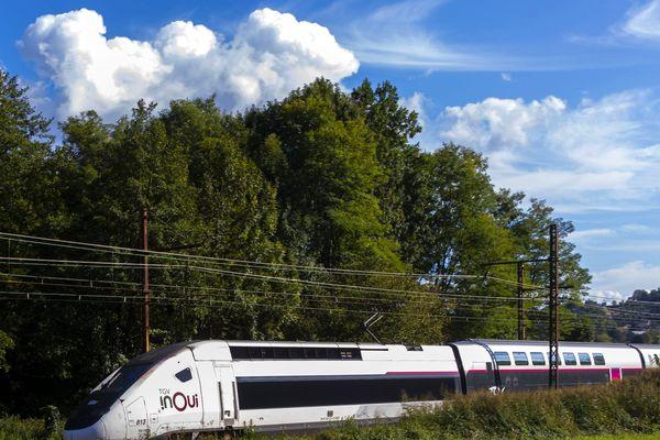 Un TGV a percuté un piéton à Saint-Cannat
