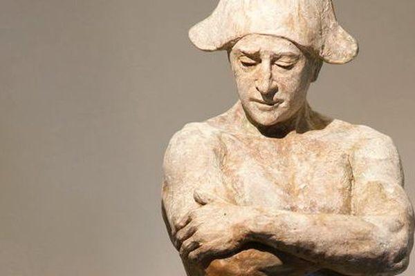"""Statue de Coderch et Malavia représentant Don Tancredo qui """"se déguisait"""" lui-même en statue de Pepe Hillo. Vous suivez?"""