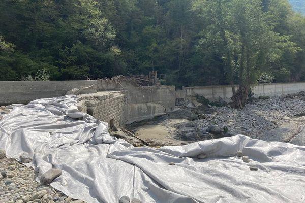 Le barrage du Suquet, jeudi 23 septembre, avant sa destruction.