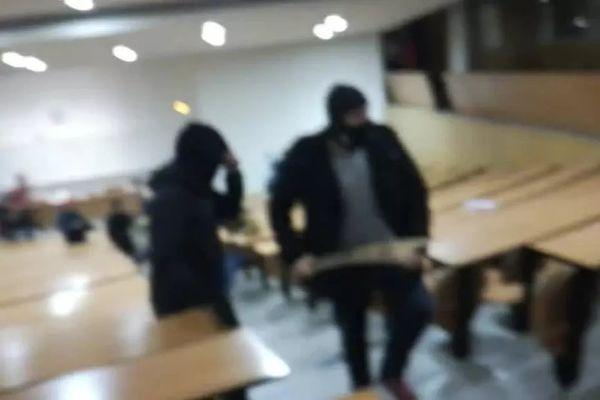 Des hommes cagoulés ont fait irruption dans un amphithéâtre de la fac de droit de Montpellier dans la nuit du jeudi 22 au vendredi 23 mars 2018.