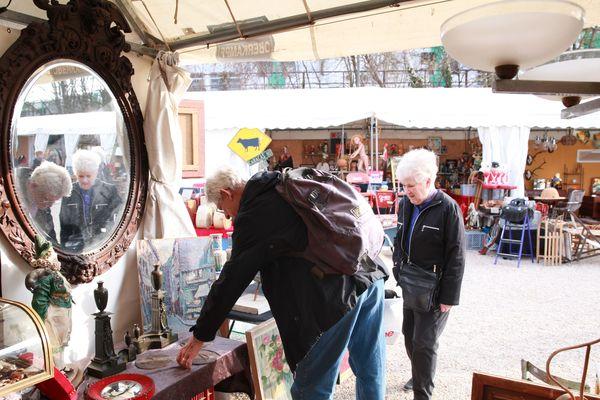 La Foire de Chatou (Yvelines) accueille chaque année des centaines d'exposants et des milliers de visiteurs. | Photo prise à la Foire de Chatou en 2017