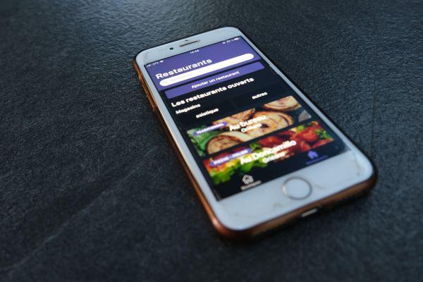 L'application, disponible sur ordinateur et smartphone, répertorie déjà près de 150 commerces et restaurants d'Orléans