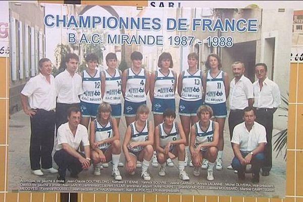 A la fin des années 80, les filles de Mirande ont dominé le basket français.