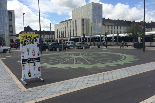 Le départ de la sixième étape sera donné place Anatole-France, le jeudi 1er juillet, à 13h50. En plein cœur de ville, devant la bibliothèque centrale