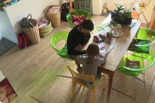 Alexandrine Castel et sa fille ont été exposées à d'autres substances toxiques.