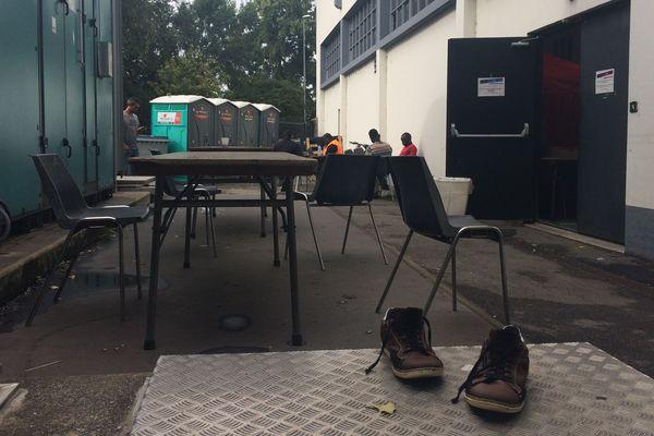 Léo Lagrange, l'un des cinq gymnases réquisitionnés à Nantes depuis le 21 septembre 2018 pour accueillir des migrants.