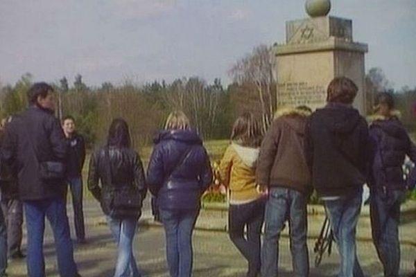 Les collégiens de Paron ont visité différents lieux de mémoire dédiés à la Shoah