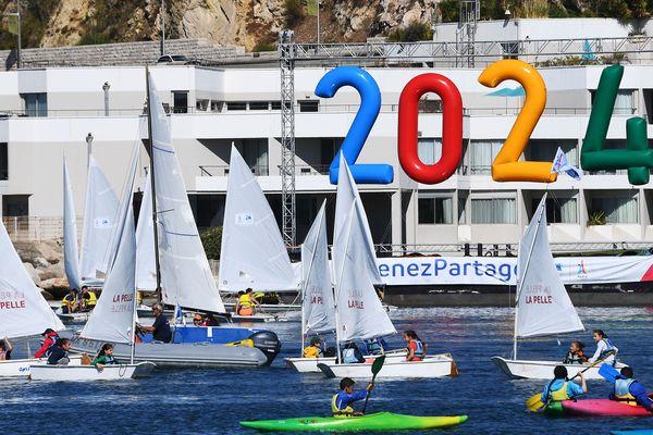 La compétition se déroulera à la base nautique du Roucas Blanc, qui accueillera également les JO 2024 de voile.