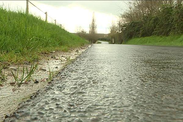 Le coût de réparation des routes prend une place importante dans le budget des communes rurales.