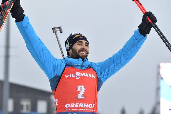 Après sa victoire au sprint d'Oberhof vendredi, Martin Fourcade récidive en remportant la mass start.