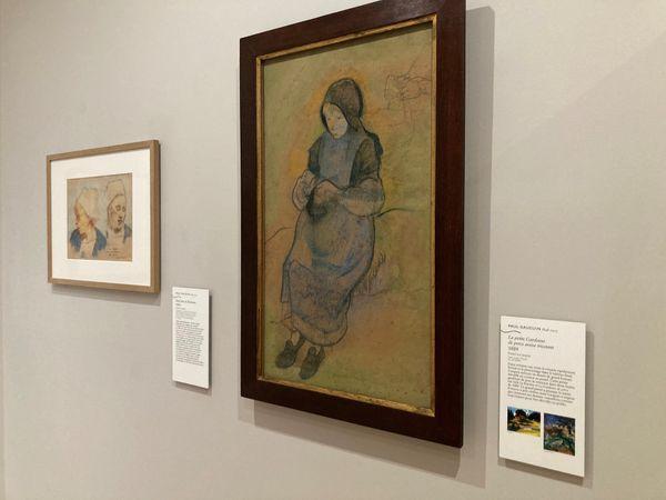 """""""La petite gardeuse de porcs assise tricotant"""" de Paul Gauguin présentée à Pont-Aven"""