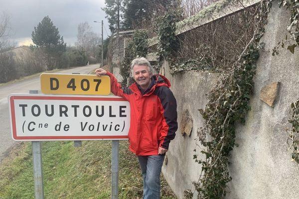 Clément Siebering, un retraité habitant depuis décembre 2019 à Volvic, n'arrive pas à justifier son adresse, malgré les nombreuses démarches.