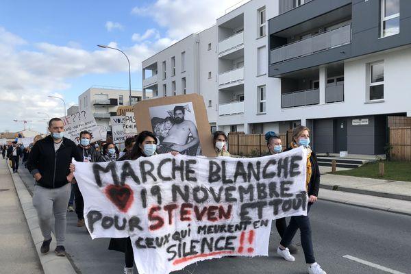 Marche blanche pour Steven, décédé lors d'un accident du travail en septembre 2020 à Bordeaux