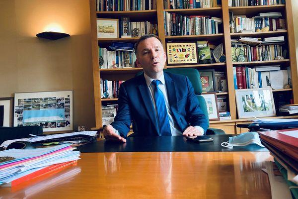 Le nouveau président (LR) du département du Val-de-Marne, Olivier Capitanio.