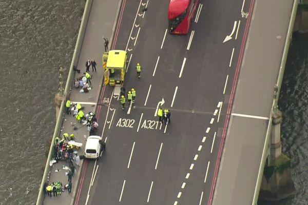 Les piétons fauchés par le véhicule de Khalid Masood sur le pont de Westminster.
