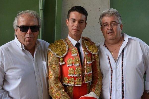 Philippe Cuillé (lunettes noires) était l'apoderado, en compagnie de Didier Cabanis, du novillero Manolo Vanegas