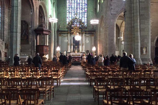 Une cinquantaine de personnes ce dimanche matin lors de l'un des quatre offices célébrés en l'église Saint-Germain à Rennes