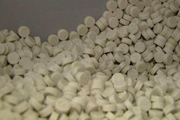 Des galets de sel pesant 7 grammes chacun.