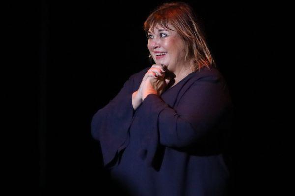 Michèle Bernier, habituée des téléfilms et One Women Shows offrira ses talents de lectrice pour les Flâneries d'Art.
