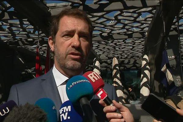 Christophe Castaner interrogé par les journalistes lors de sa venue à Marseille en Mars dernier.