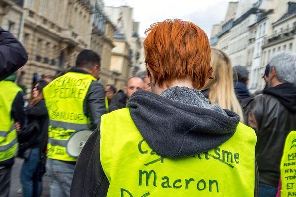 A Paris, la 21e mobilisation des gilets jaunes n'a réuni que 3500 personnes samedi 6 avril.