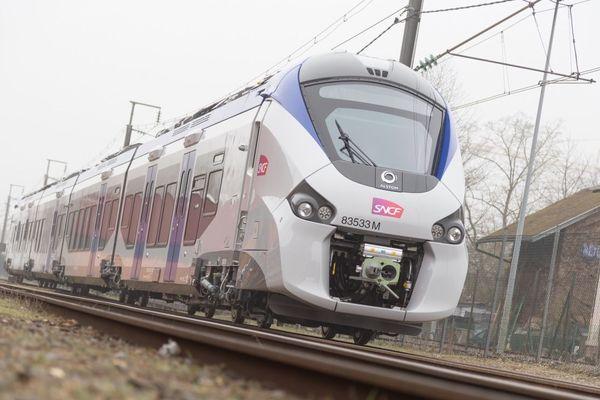 Une rame Régiolis du parc Occitanie est mise à disposition pour la rendre hybride