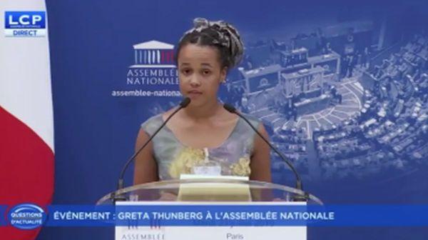 """Alicia à l'Assemblée nationale, """"L""""avenir leur appartient"""""""
