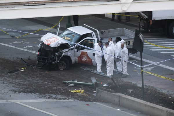La camionnette impliquée dans l'attentat.