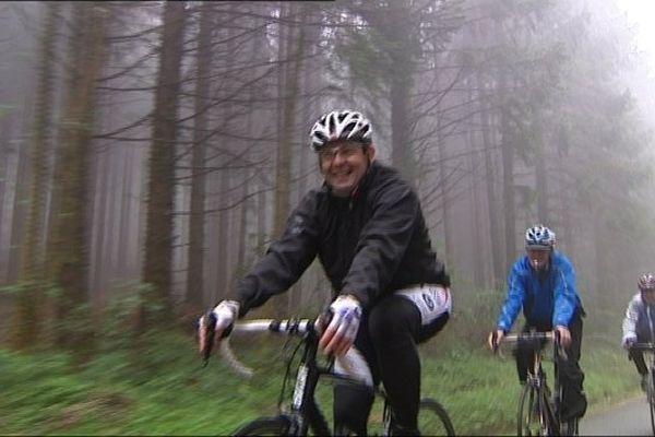 Une quarantaine de coureurs sur les routes de Doubs. Tous ensemble contre le cancer.